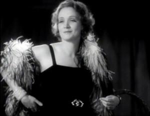 Marlene_Dietrich_in_Morocco_trailer