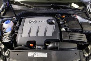 1.6 TDI Motor ( EA 189 ): Strömungsgleichrichter (Einbau: Bild 6 von 6)
