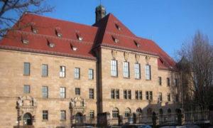 Il palazzo del processo © Wikipedia