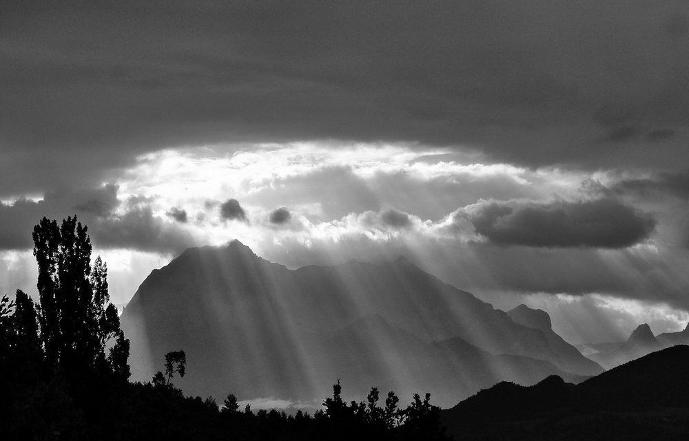 Nuvole nere