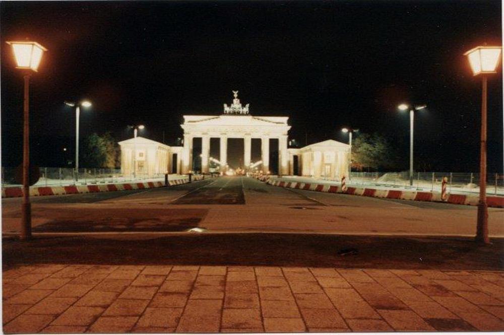 La Porta di Brandeburgo nel 1990 © il Deutsch-Italia