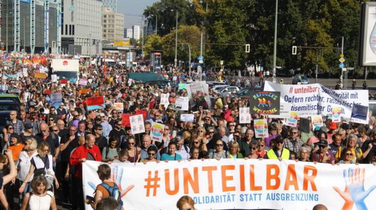 Unteilbar © CC BY-SA 4.0 unteilbar.org, Stephan Guerra