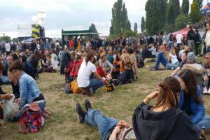 Giovani al Mauer Park © il Deutsch-Italia