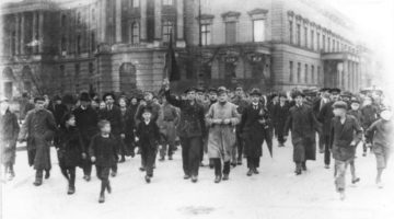 Novemberrevolution-©-Bundesarkiv-183-18594-0045-CC-BY-SA-3.0