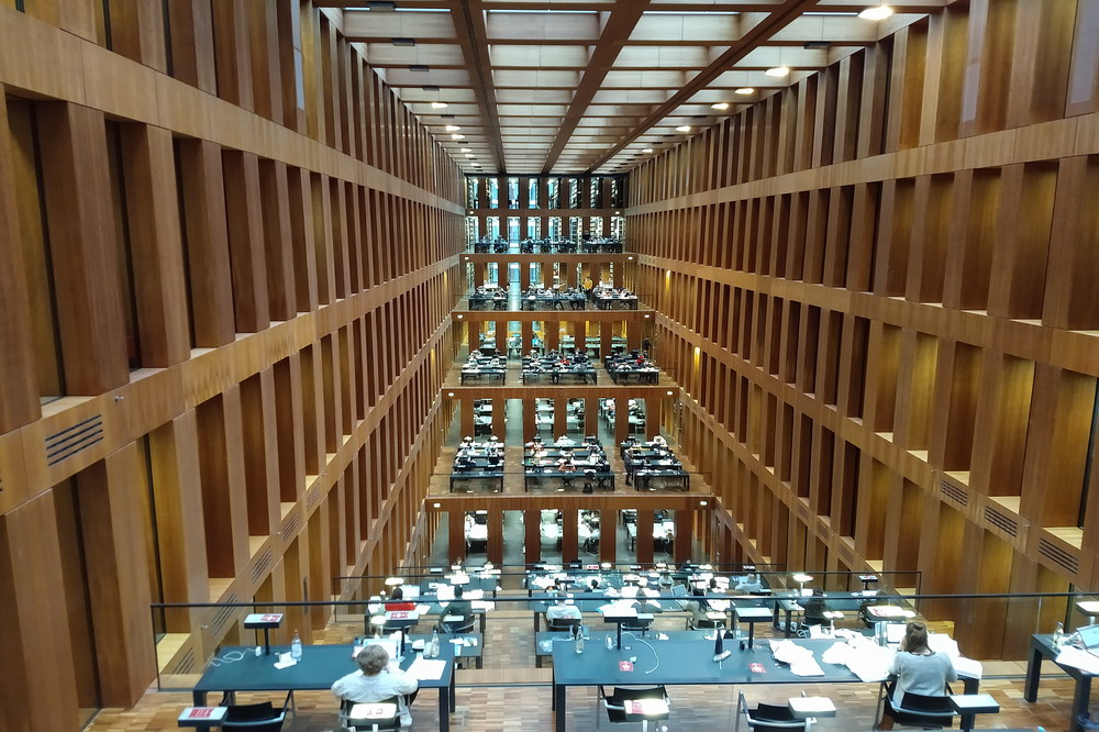 Biblioteca universitaria © il Deutsch-Italia