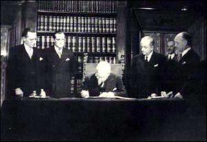 Firma della Costituzione italiana de Nicola Alcide De Gasperi Cosentino Grassi e Terracini