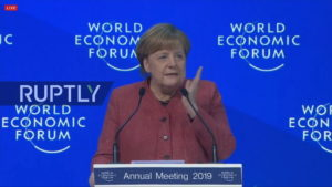 La Cancelliera Merkel a Davos © Youtube Ruptly