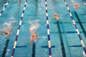 Nuoto in vasca