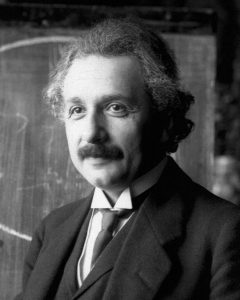 Albert Einstein © F Schmutzer Wikipedia