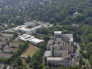 La sede del BKA a Wiesbaden © CC BY-SA 3.0 Wo st 01 WC