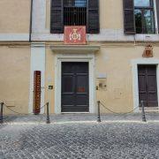 L'ingresso della Galleria Colonna su via della Pilotta a Roma © il Deutsch-Italia